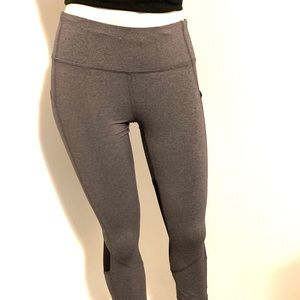 LuLulemon Leggings Grey and Black with pockets.